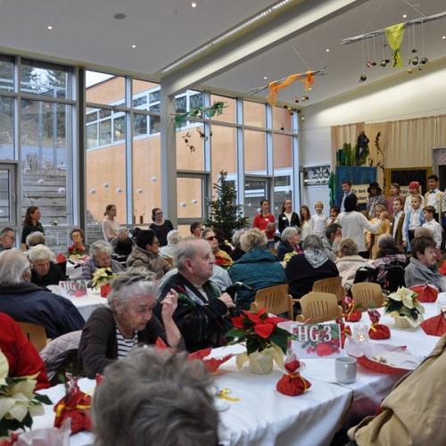 Bild zum Weblog Adventfeier im Altersheim